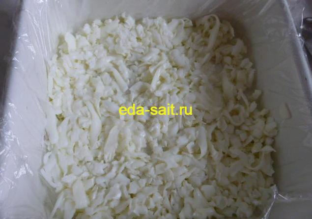 Первый слой салата мимоза без моркови белок