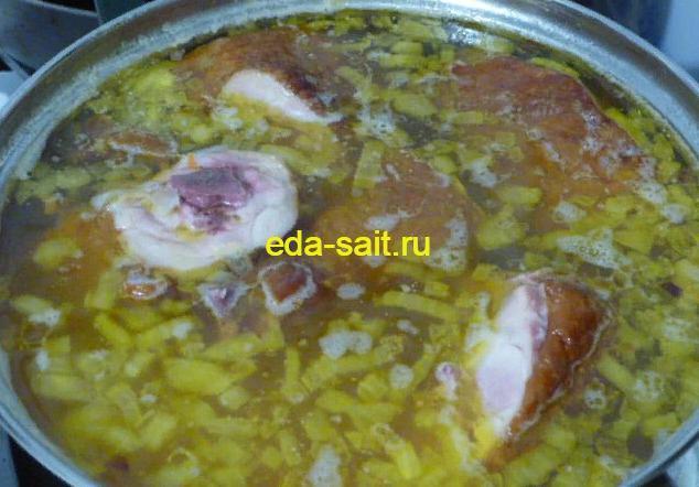 Гороховый суп с копчеными окорочками пошаговый рецепт с фото