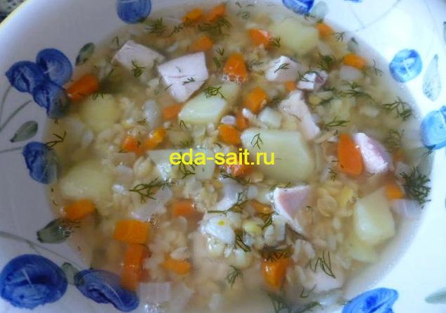 Гороховый суп с куриной грудкой фото