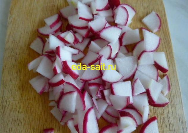 Салат из редиса с огурцами