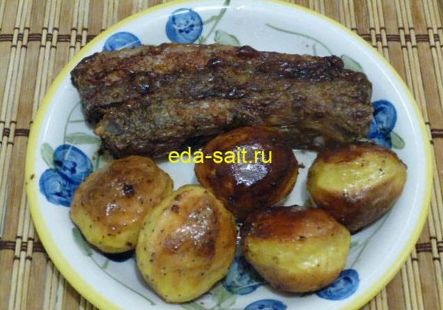 Свиная грудинка в духовке с картошкой пошаговый рецепт с фото