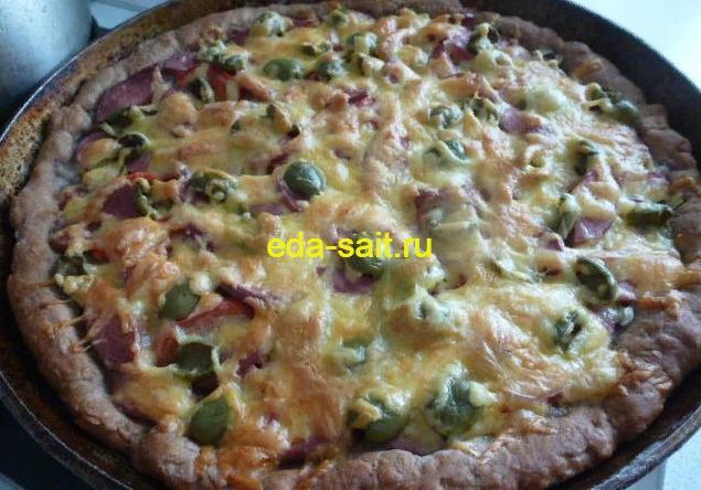 Пицца из ржаного теста фото