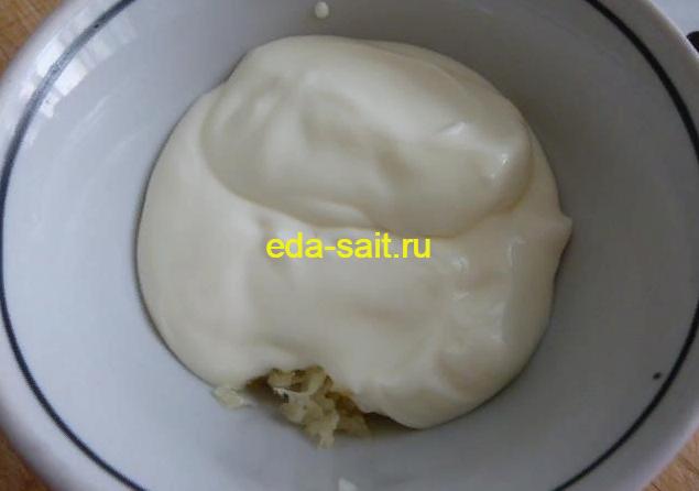 Делаем соус для баклажанов