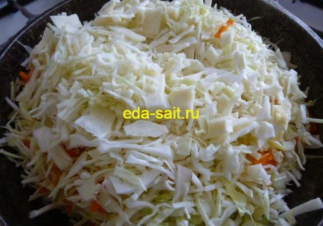 Капуста тушеная с луком и морковью рецепт с фото