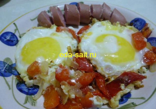 Яичница с болгарским перцем и луком фото