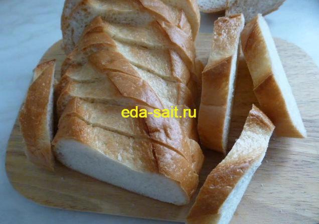 Батон для жареных бутербродов с яйцами и сыром