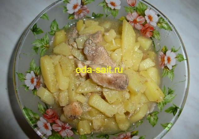 Картошка тушеная со свининой фото