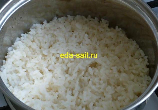 Отваренный рис для творожной запеканки