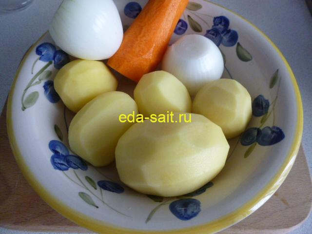 Овощи для супа с морской капустой и консервами