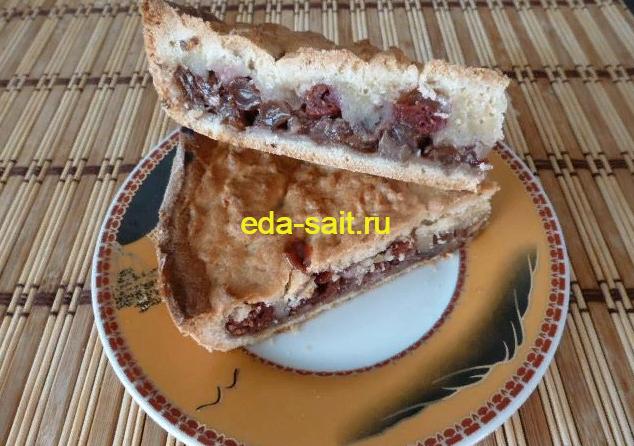 Пирог с вишней из песочного теста