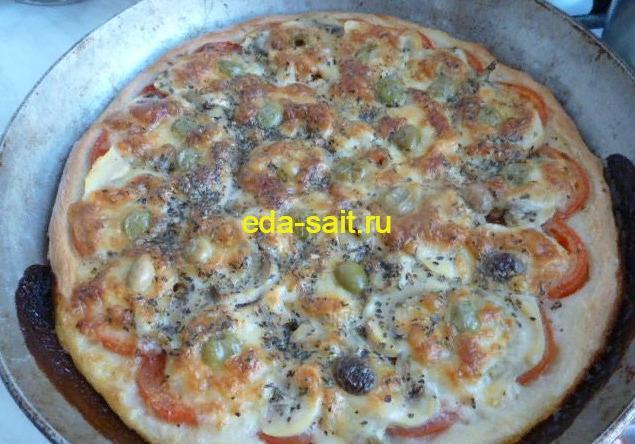 Пицца с моцареллой из духовки