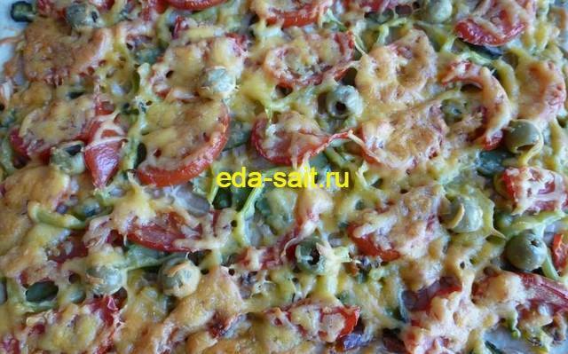 Пицца с жареной курицей