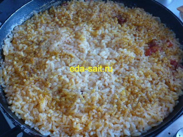 Рис с копченой колбасой