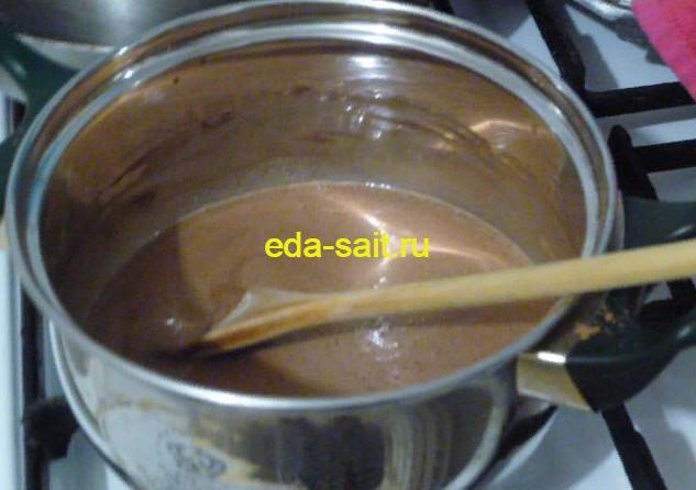 Делаем молочный коктейль с какао