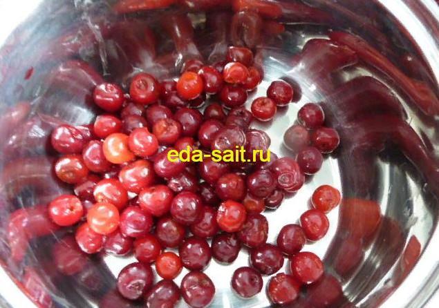 Помыть вишни для ликера