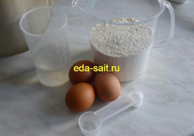 Продукты для приготовления домашней лапши