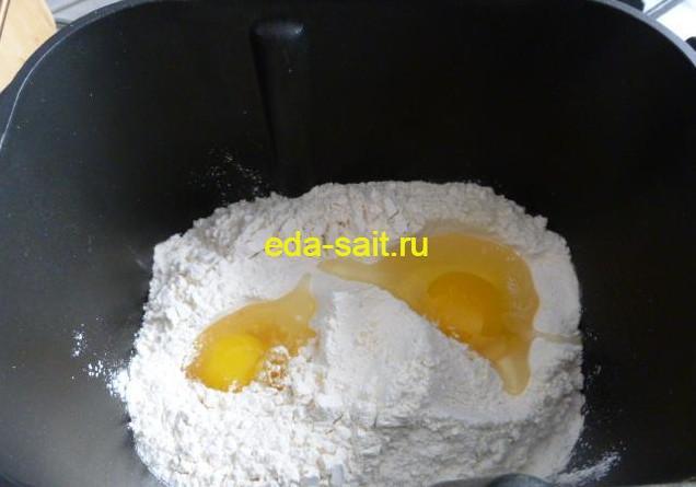 Замешиваем дрожжевое тесто в хлебопечке