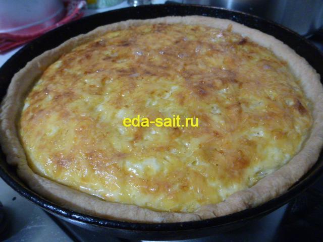 Луковый пирог с сыром фото