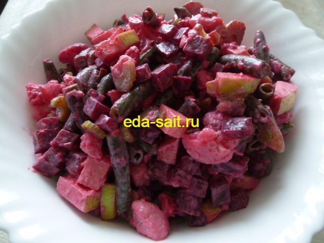 Салат из овощей с яблоком фото