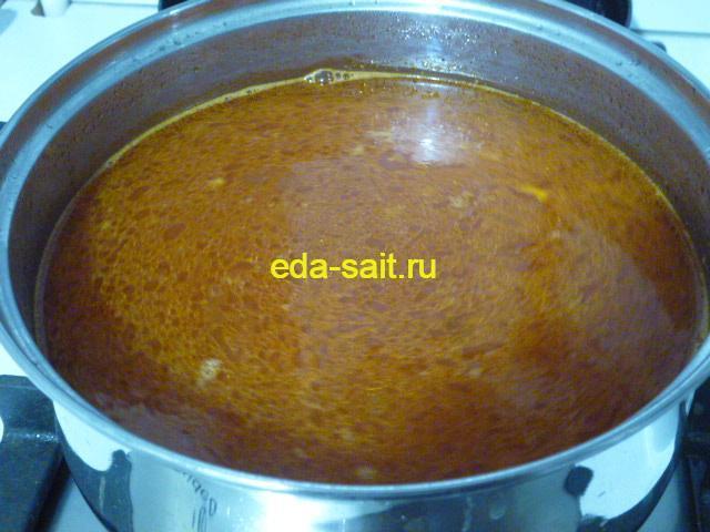 Заложить с суп харчо с говядиной рис и лук
