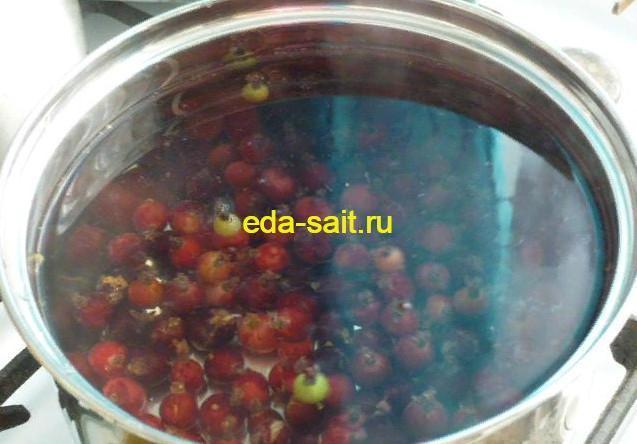 Заложить в воду ягоды крыжовника