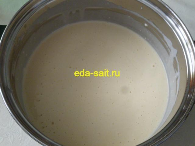 Тесто на блины из свернувшегося молока фото