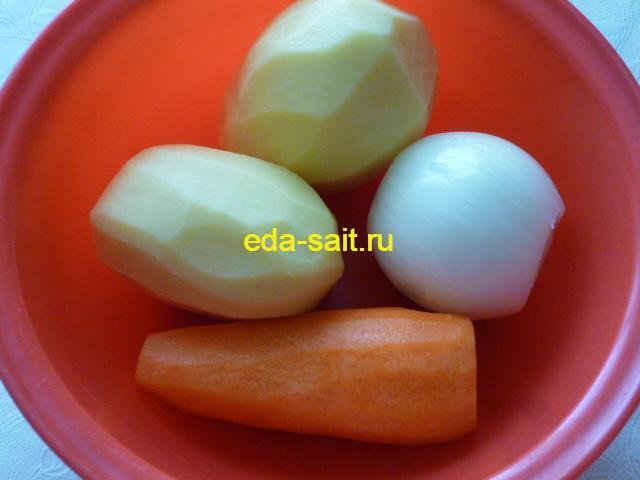 Овощи для супа с курицей и кукурузой