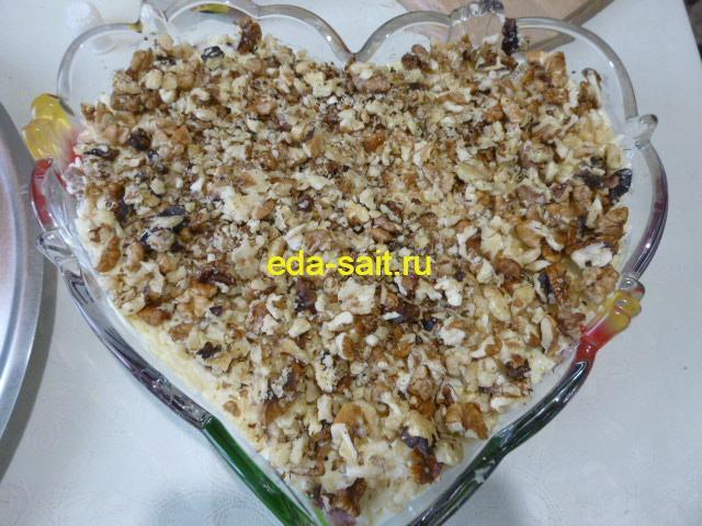 Пятый слой салата грецкие орехи