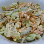 Салат с черешковым сельдереем и курицей