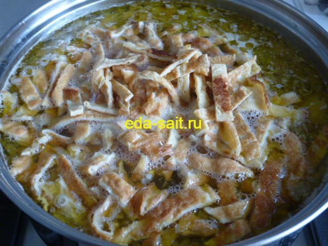 Заложить в суп с курицей блины