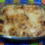 Говядина с сыром и луком в духовке