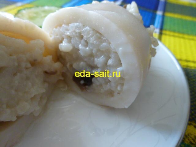 Кальмары фаршированные рисом и грибами фото