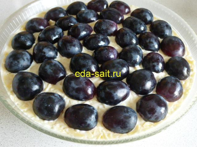 Салат с курицей виноградом и яблоком фото