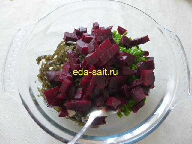 Салат из морской капусты и свеклы пошаговый рецепт с фото