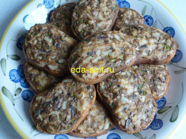 Бутерброды с килькой в томате фото