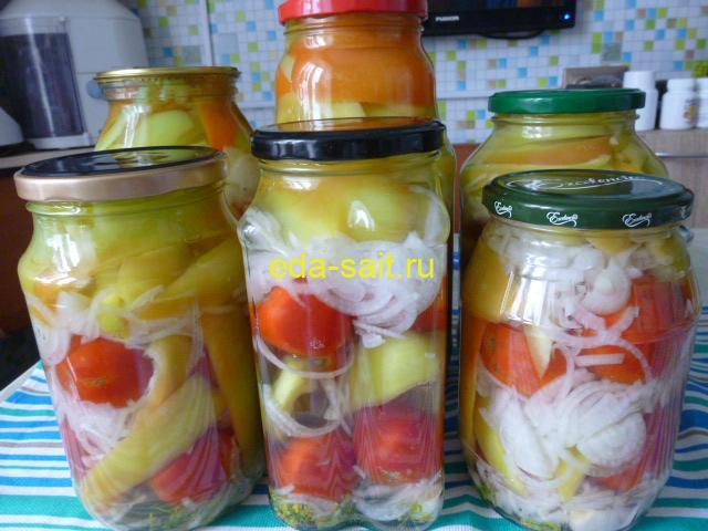 Консервированный перец с луком и помидорами фото