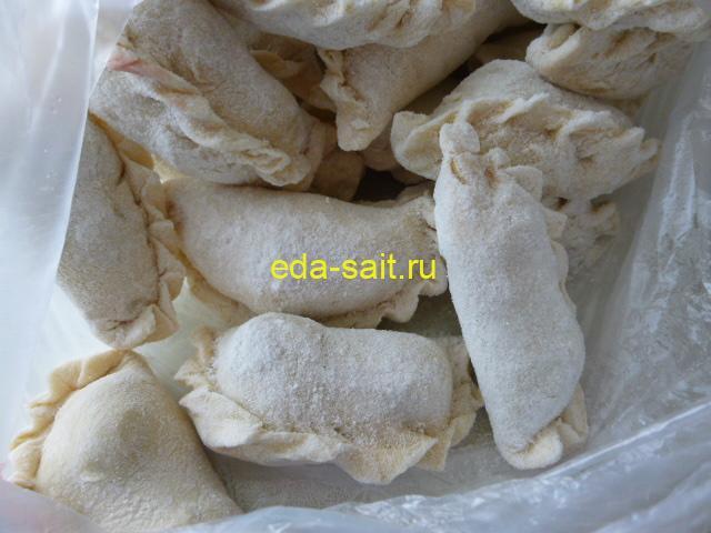 Замороженные вареники с вишней
